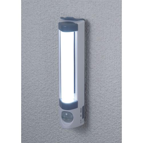 朝日電器 LEDライト 電池式 LEDセンサーライト 多目的LEDナイトライト 屋内用 9lm 白色LED PM-L255