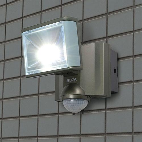 【売切れ御免】朝日電器 LEDライト 屋外用センサーライト AC電源 8wLED 1灯 赤外線受動式 防沫型(IPX4) 8W 430lm 白色LED ESL-801AC